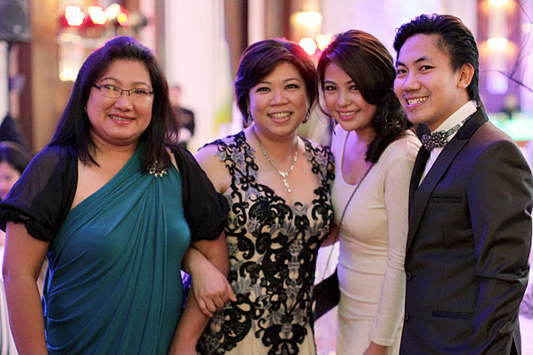 Wedding Florists: Gina Galang of Royal Flower Shoppe, Gidz Hermosa of Events Studio