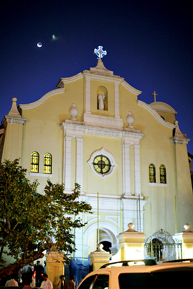 Night shot of Santuario church