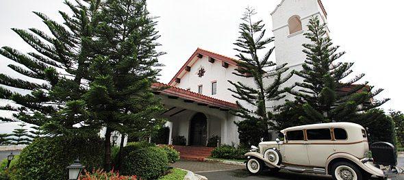 Exclusive, elegant weddings at the Madre de Dios Chapel in Tagaytay