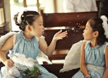 Having flower girls and ring bearers successfully march down the aisle
